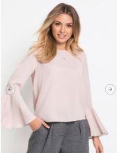 https://www.bonprix.fr/produit/blouse-a-manches-trompette-rose-957640/#image