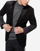https://www.stradivarius.com/fr/homme/nouveau/blazer-en-velours-c1020081588p300388539.html?colorId=001